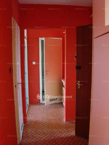 Eladó lakás Komló a Körtvélyes utcában 25-ben, 2 szobás