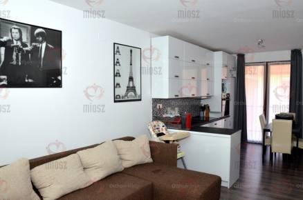 Lakás eladó Szolnok, 63 négyzetméteres