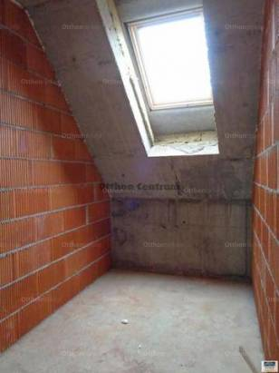 Kecskeméti eladó lakás, 3 szobás, 57 négyzetméteres