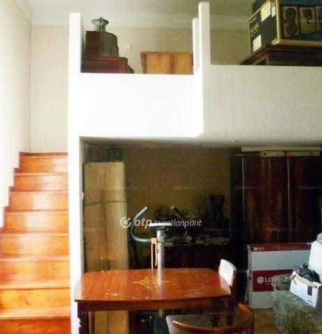 Budapesti eladó családi ház, 3+1 szobás, 66 négyzetméteres