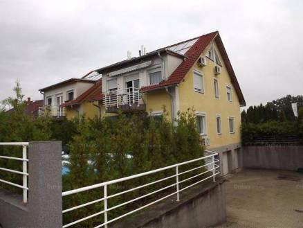Lakás eladó Veszprém, 96 négyzetméteres