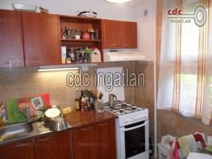 Budapesti lakás eladó, Adria sétány, 2+1 szobás