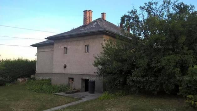 Családi ház eladó Pétfürdő, 90 négyzetméteres