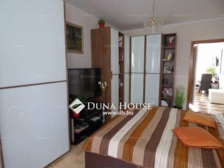 Eladó 1+2 szobás lakás Pécs a Csipke utcában