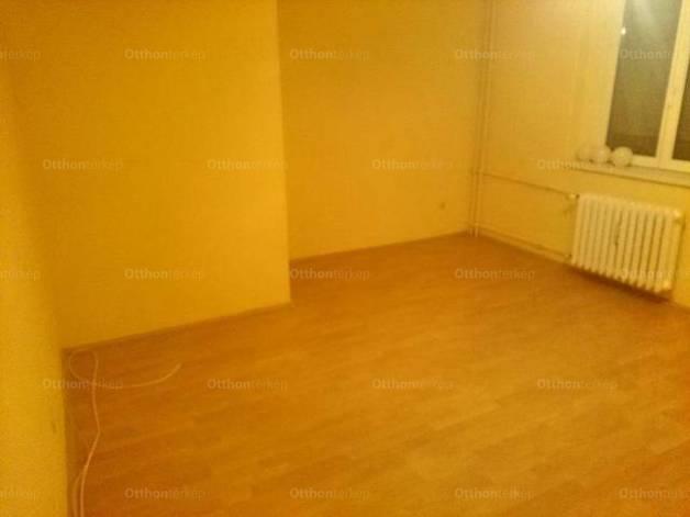 Kiadó lakás Pécs, Surányi Miklós út, 1+1 szobás