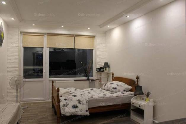 Csopaki eladó lakás, 1 szobás, 25 négyzetméteres
