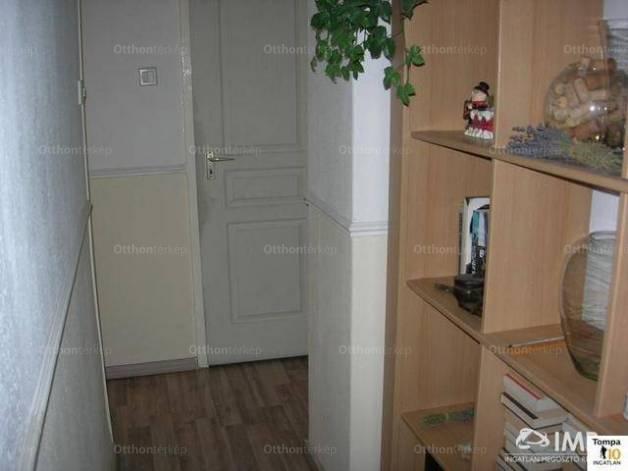 Eladó lakás Ferencvárosi rehabilitációs területen, IX. kerület Haller utca, 2+1 szobás
