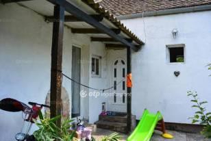 Sorház eladó Pécs, 68 négyzetméteres