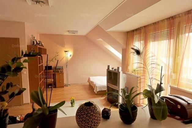 Budapesti lakás eladó, 52 négyzetméteres, 1+1 szobás