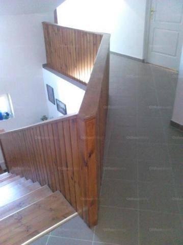 Budapest eladó családi ház Cinkotán, 250 négyzetméteres