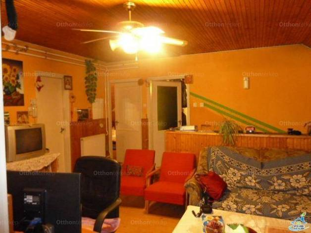 Eladó családi ház Hajdúsámson, 6 szobás