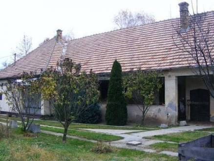 Eladó családi ház Sükösd, 4 szobás