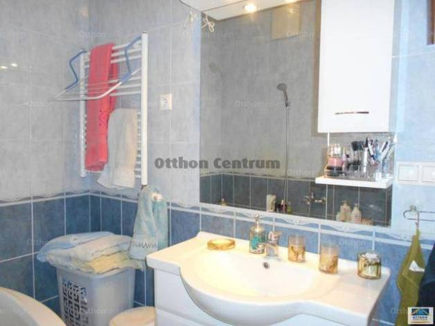 Eladó 1+2 szobás lakás Kelenföldön, Budapest, Kelenföldi út