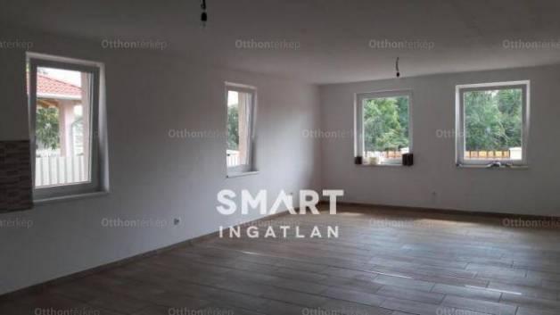 Kecskeméti új építésű családi ház eladó a Kiskőrösi úton, 100 négyzetméteres