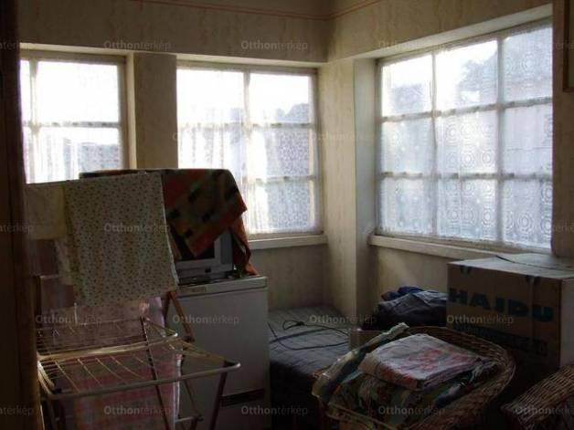 Eladó, Gyomaendrőd, 2 szobás
