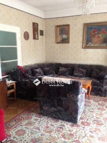 Eladó családi ház Budapest, 6 szobás