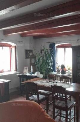 Nemeskocs eladó családi ház a Petőfi utcában