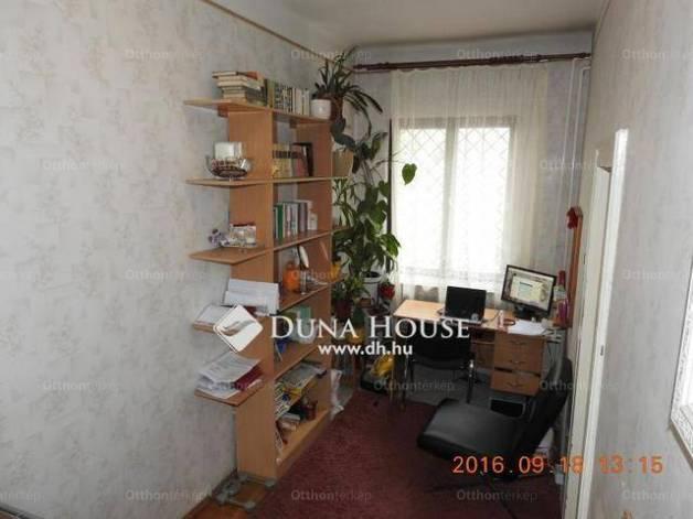 Eladó sorház Gyárdűlőn, X. kerület Jegenye utca, 2+2 szobás