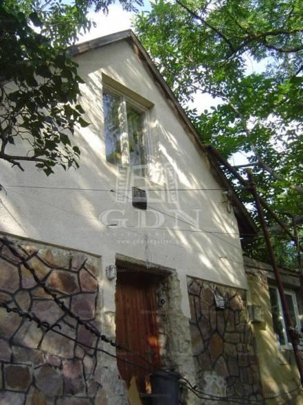Pécsi új építésű családi ház eladó, 40 négyzetméteres