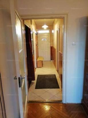 Soproni lakás kiadó, 52 négyzetméteres, 2+1 szobás
