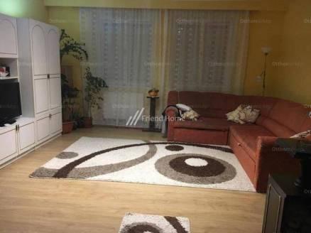 Eladó ház Kiskunfélegyháza, Justh Gyula utca, 3 szobás