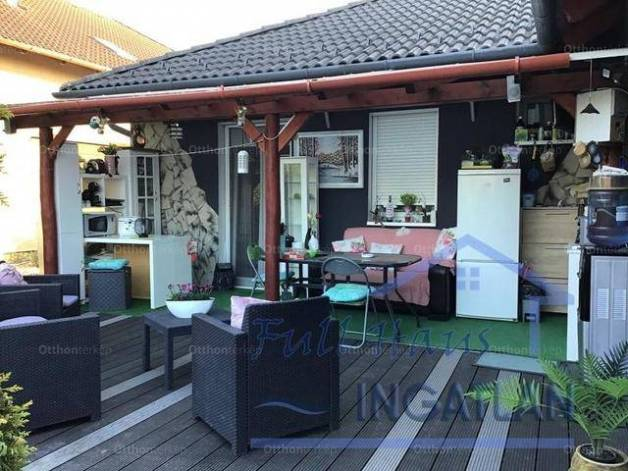 Tatabánya családi ház eladó, 4+2 szobás