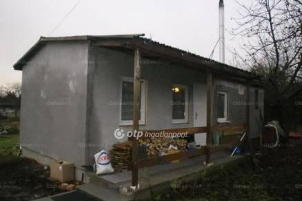Új Építésű eladó családi ház Érd, 1+1 szobás