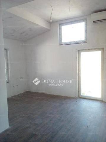 Gyömrő lakás eladó, Apafi utca, 2+1 szobás