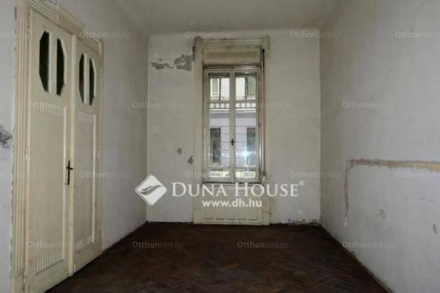 Eladó 2+1 szobás lakás Belső-Ferencvárosban, Budapest, Közraktár utca