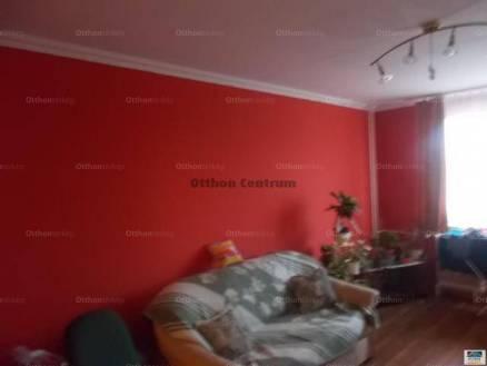 Várpalotai lakás eladó, 53 négyzetméteres, 2+1 szobás