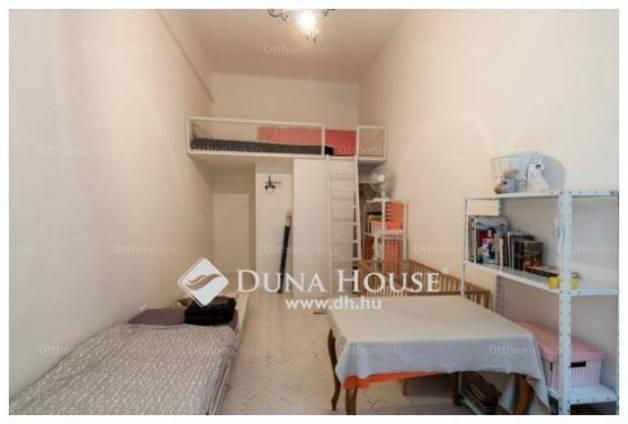 Eladó 2+1 szobás lakás Erzsébetvárosban, Budapest, Dohány utca