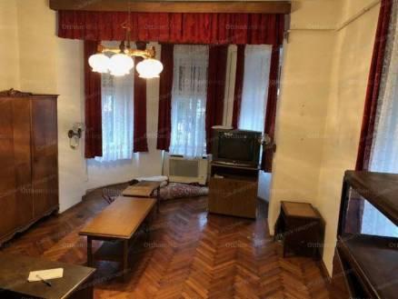 Eladó lakás Veszprém, 2 szobás