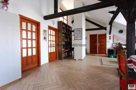 Eladó 7+1 szobás családi ház, Tisztviselőtelepen, Budapest