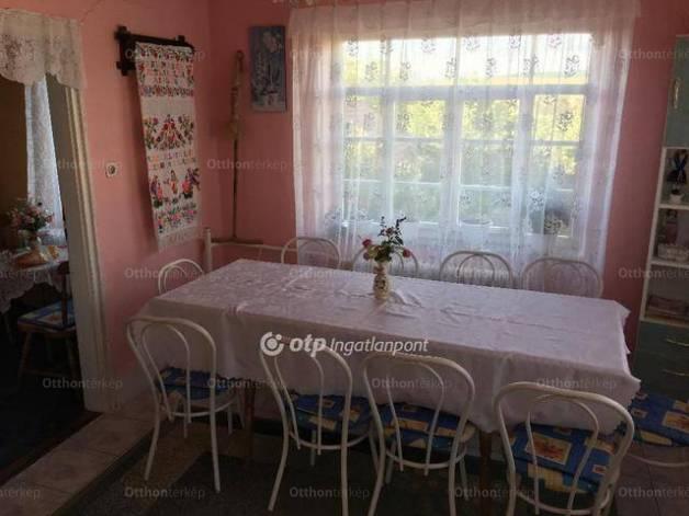 Hollókő eladó családi ház