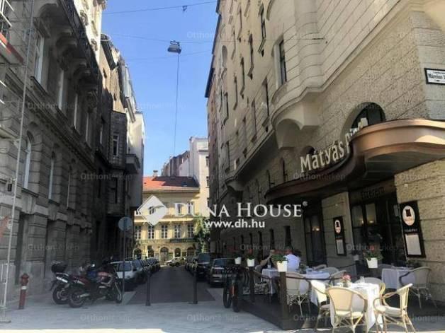 Budapest eladó lakás, Belváros, Március 15. tér, 75 négyzetméteres