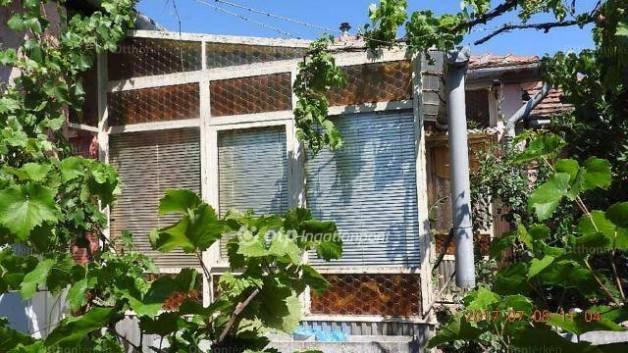 Ecséd 3 szobás családi ház eladó a Hársfa utcában