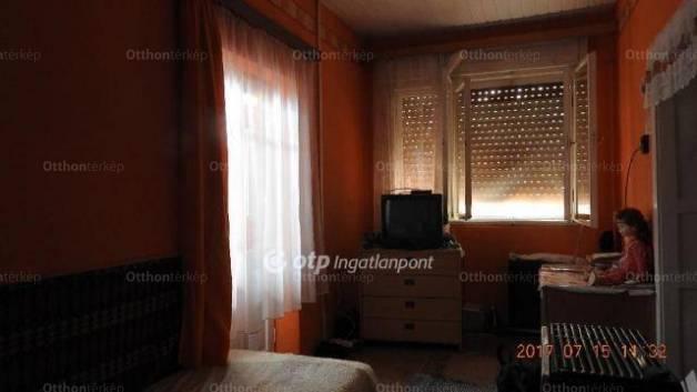 Ecséd 3 szobás családi ház eladó