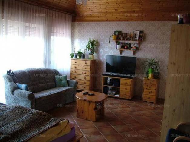 Családi ház eladó Keszthely, 230 négyzetméteres