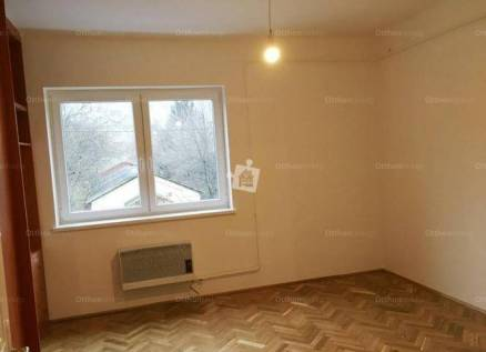 Budapesti lakás eladó, Óbudán, Raktár utca, 1+1 szobás