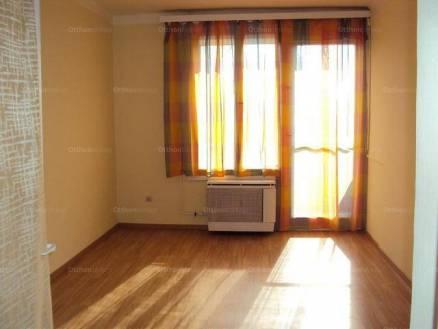 Eladó 1+1 szobás lakás Pécs a Páfrány utcában