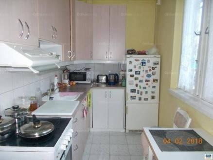 Budapest, lakás eladó, Erdőalja, 3+1 szobás
