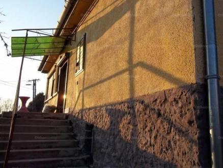 Eladó családi ház, Solt, 3 szobás