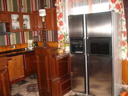 Halmajugra eladó családi ház