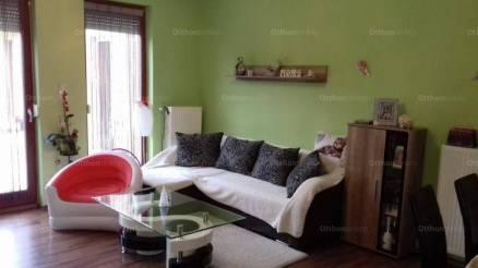Mosonmagyaróvári lakás eladó, 80 négyzetméteres, 1+3 szobás