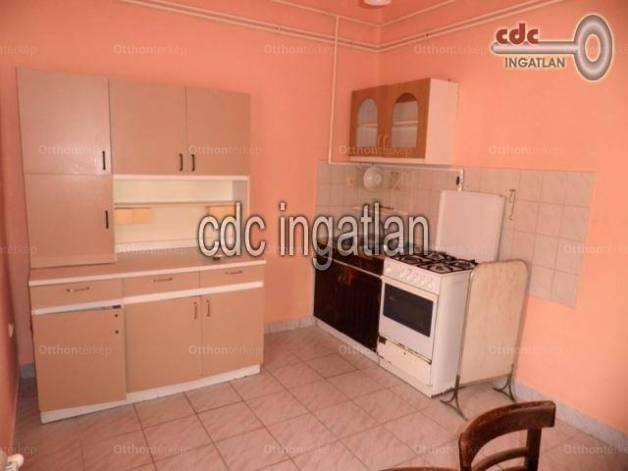 Eladó 1 szobás házrész Rákoscsaba-Újtelepen, Budapest, Szilasliget utca