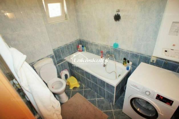Eladó lakás Sopron, 3 szobás