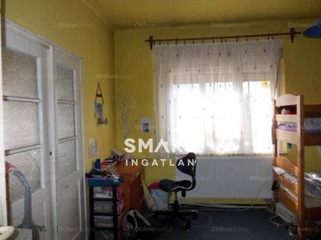 Családi ház eladó Kecskemét, a Csokor utcában, 95 négyzetméteres