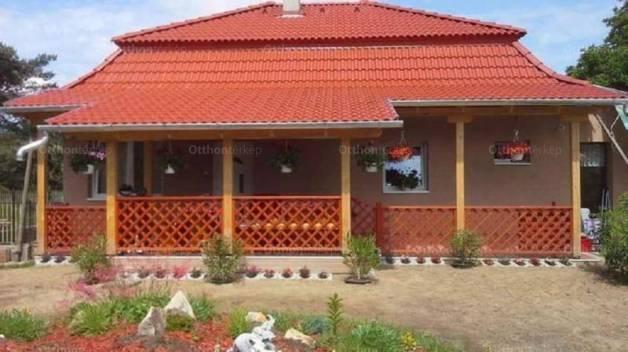 Eladó 3 szobás családi ház Nyáregyháza