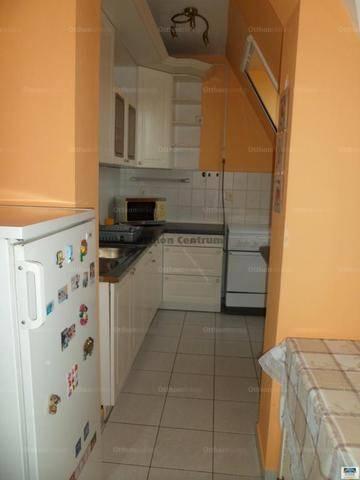 Kecskeméti kiadó lakás, 2 szobás, 60 négyzetméteres