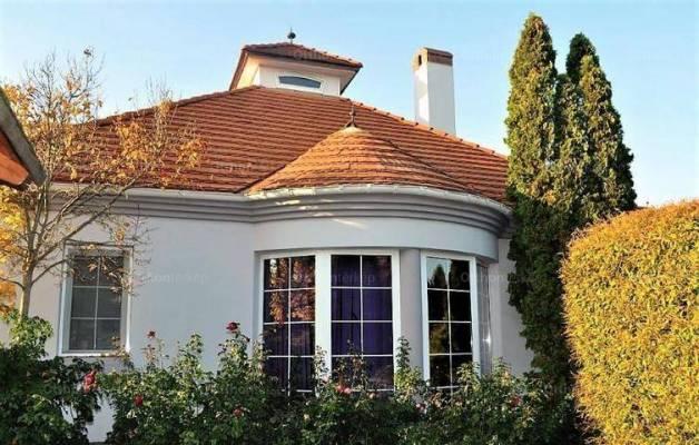Veszprém 4+2 szobás családi ház eladó